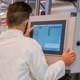 Industry 4.0 – exploiting digital data to enhance decision making